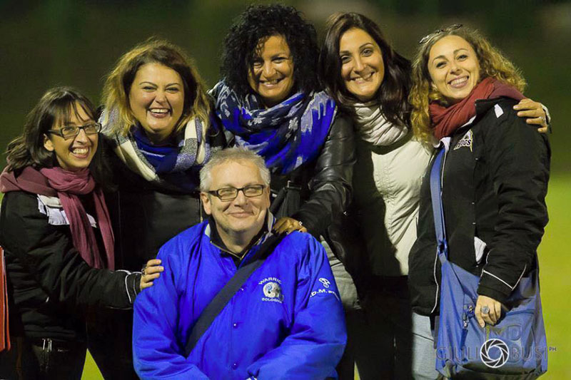 Nello scatto di Giulio Busi (Ufficio Stampa Warriors Bologna), in alto al centro, la Presidentessa dei Warriors Elisabetta Calzolari