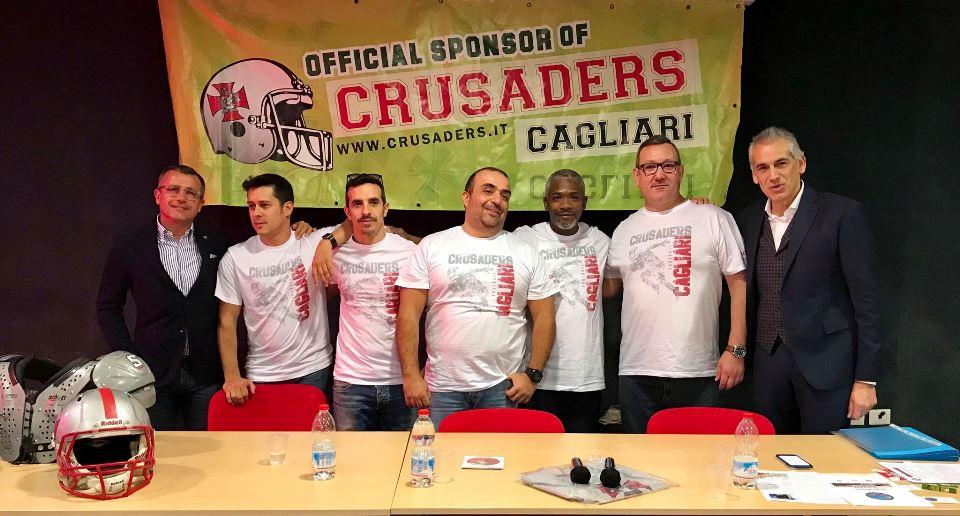 da sx con la maglietta bianca Palmas, Melis, Polese, McGarrah, Serra (Foto Giulia Congia)