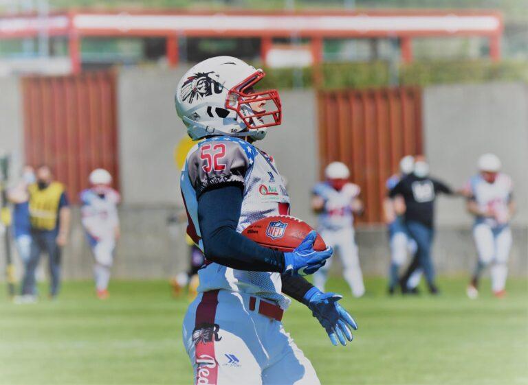 Frederik-Steinhauser-intercetta-e-fa-touchdown-768x561